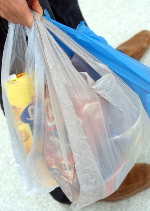 Toronto bans plastic bags by the start of 2013