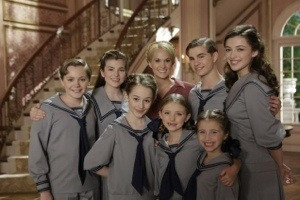 NBC Attempts A Return To Great Television With A Live Production Of Sound Of Music… Doesn't Quite …