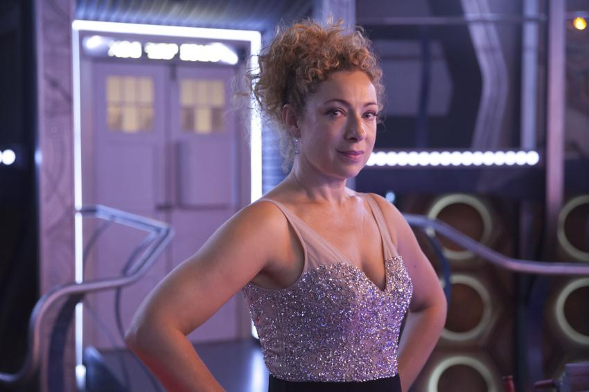 alex kingston - river song doctor who christmas