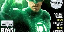 Ryan Reynolds IS Green Lantern! EW gets the first look at him in costume!